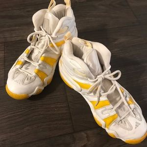 Men's Adidas Sneaker
